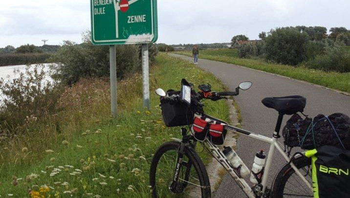 Photo of Il gran pavè (Viaggiare in bicicletta nel mondo – III serata)