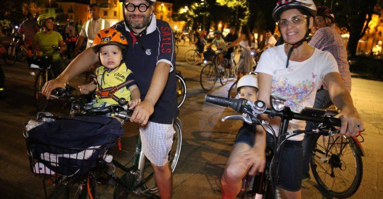 """Photo of Ciclonotturna FIAB al Tocatì: reinventiamo le aree """"critiche"""" della città"""