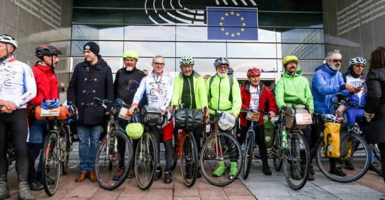 Photo of Ride with us (Viaggiare in bicicletta nel mondo – I serata)